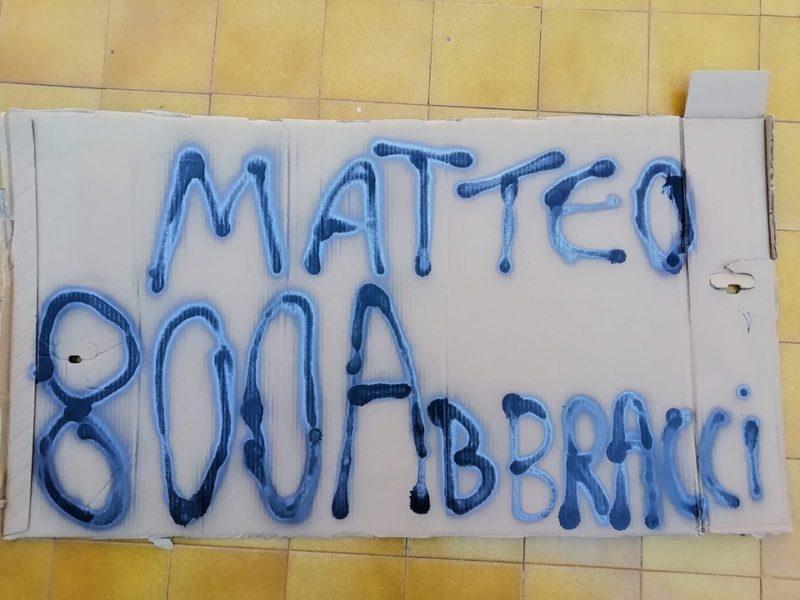 Matteo 800Abbracci