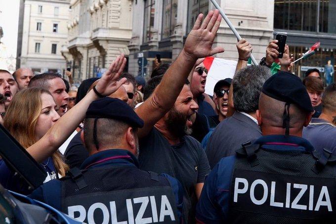 Fascisti manifestano a Roma il 9 settembre 2019 2