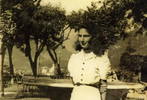 Liliana Segre nel 1943 foto di Alberto Segre pubbl su Wikipedia particolare