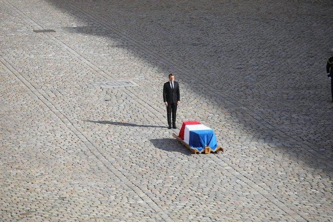 Macron tributo a Chirac