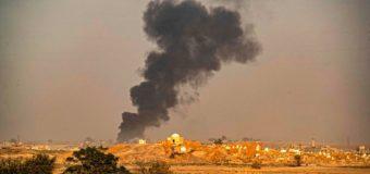 Turchia e Russia bombardano i civili in Siria. Colpiti medici e ospedali