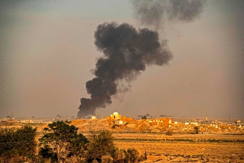 Bombardamento turco contro i curdi M