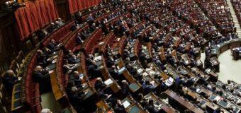 Taglio parlamentari, vince il populismo bicamerale puro