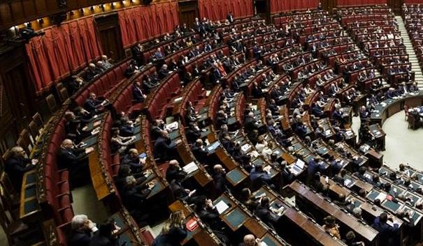 Taglio parlamentari camera dei deputati populismo bicamerale puro 4