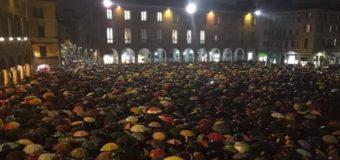 Sardine a Modena, cresce la speranza nell'Italia che non si lega