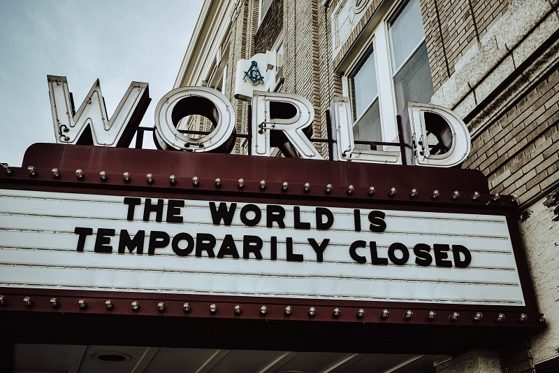 Covid-19 the world is temporarily closed edwin-hooper-Q8m8cLkryeo-unsplash