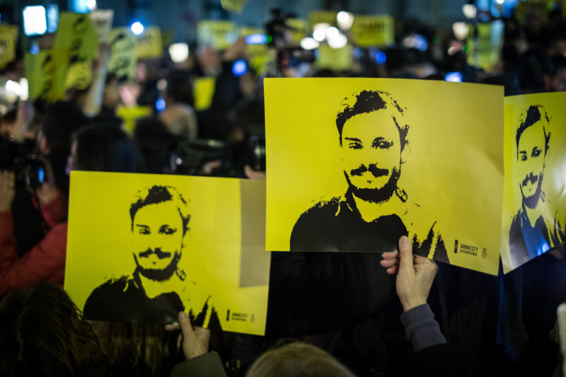 People during a march and torchlight procession in memory of the Italian researcher Giulio Regeni, who was abducted, tortured and murdered in Cairo (Egypt), in Rome, Italy, 25 January 2018. (Photo by Andrea Ronchini/NurPhoto)