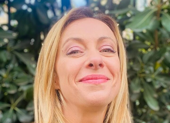 Giorgia Meloni e Fratelli d'Italia dalla sua pagina ufficiale Facebook CUT