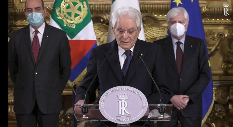 Mattarella annuncia incarico a un governo di alto profilo