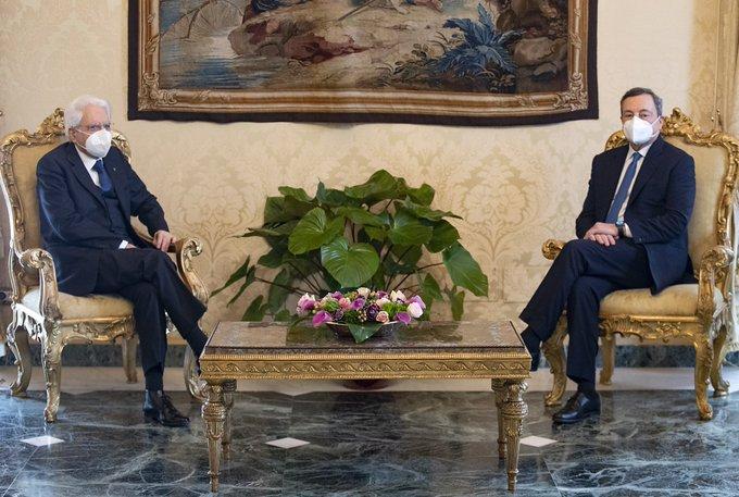 Mattarella e Draghi questa Italia del gossip