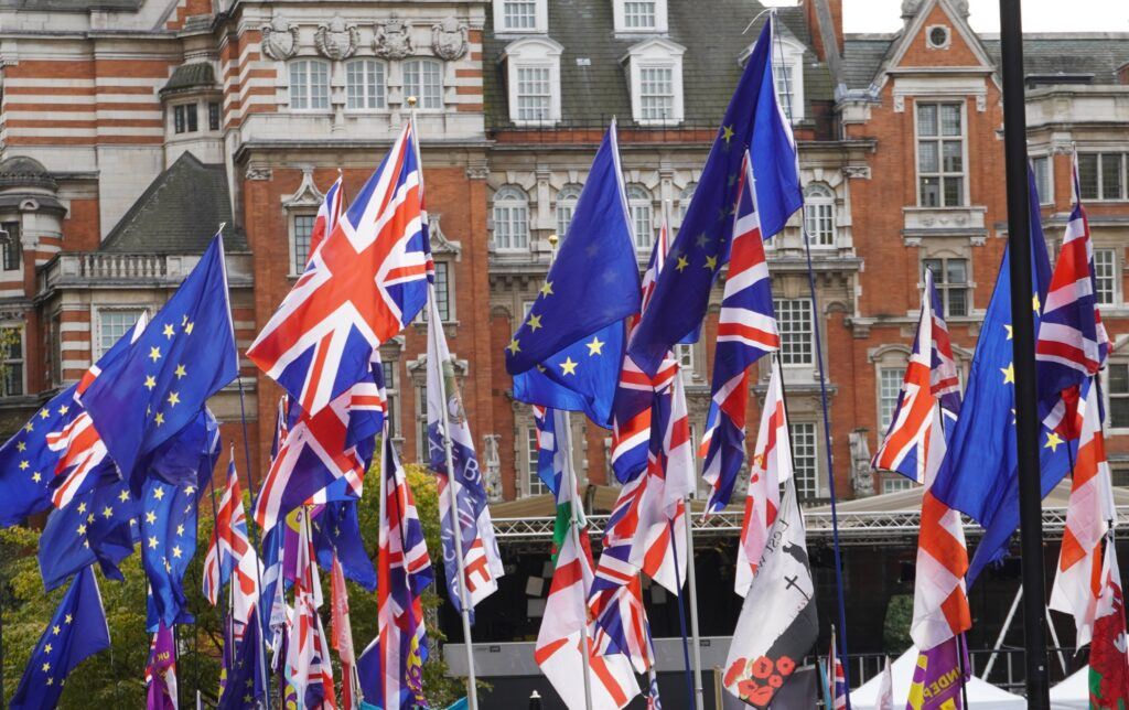 L'adesione all'Unione Europea può risolvere i problemi del Regno Unito in un colpo