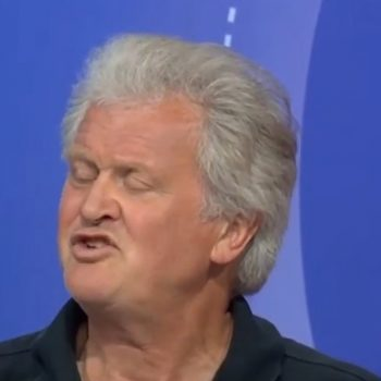A Pub With No Beer Tim Martin Sep 2021